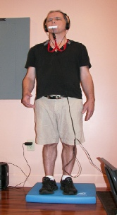Parkinson's Patient uses the CN-NINM device to train balance